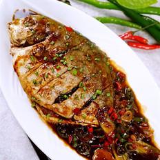 豆豉双椒烧鲳鱼