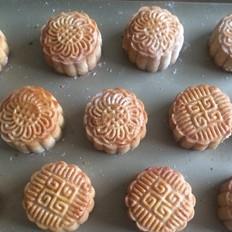 超实用广式蛋黄莲蓉月饼