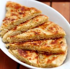 咸蛋芝麻葱油酥饼