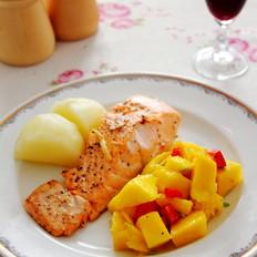 芒果沙拉配香煎三文鱼的做法