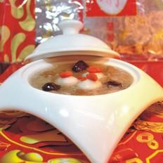 银耳红枣桂元汤圆