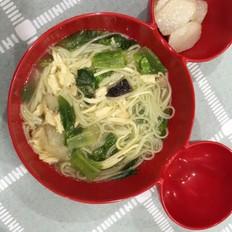 宝宝辅食-蔬菜鸡汤面