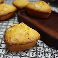 淡淡草莓香的杏仁小蛋糕