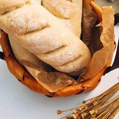 当主食一次可以吃三个的法棍面包