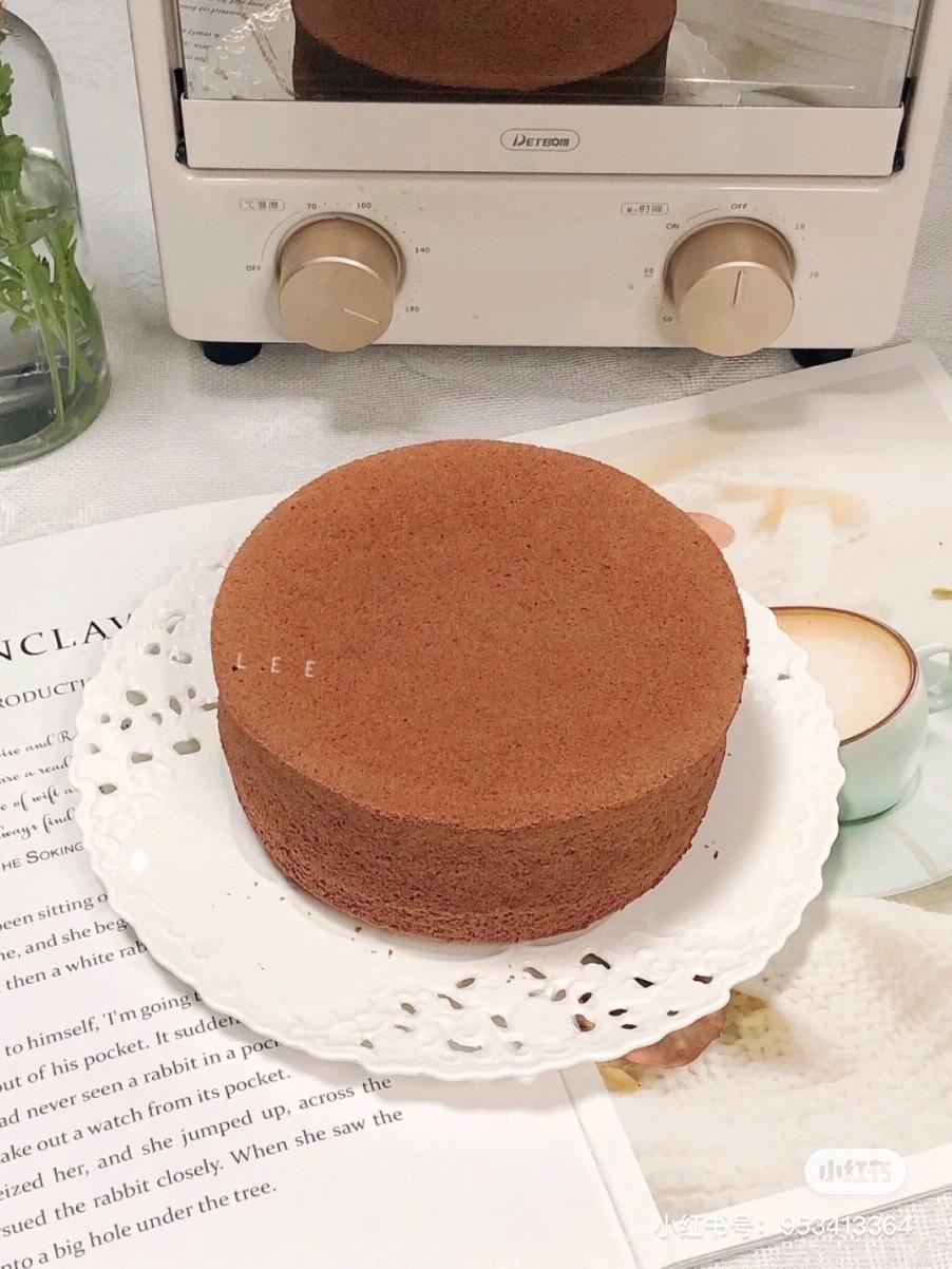 不凹不裂|六寸可可戚风蛋糕的做法