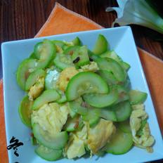 鸡蛋虾米炒西葫芦