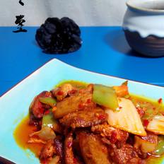 五花肉炒辣白菜