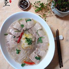 东北酸菜五花肉