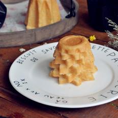 潘多洛--圣诞黄金面包