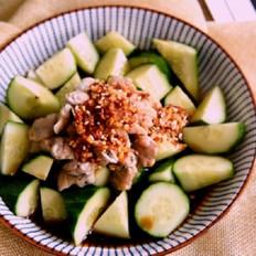 蛤蜊拌黄瓜