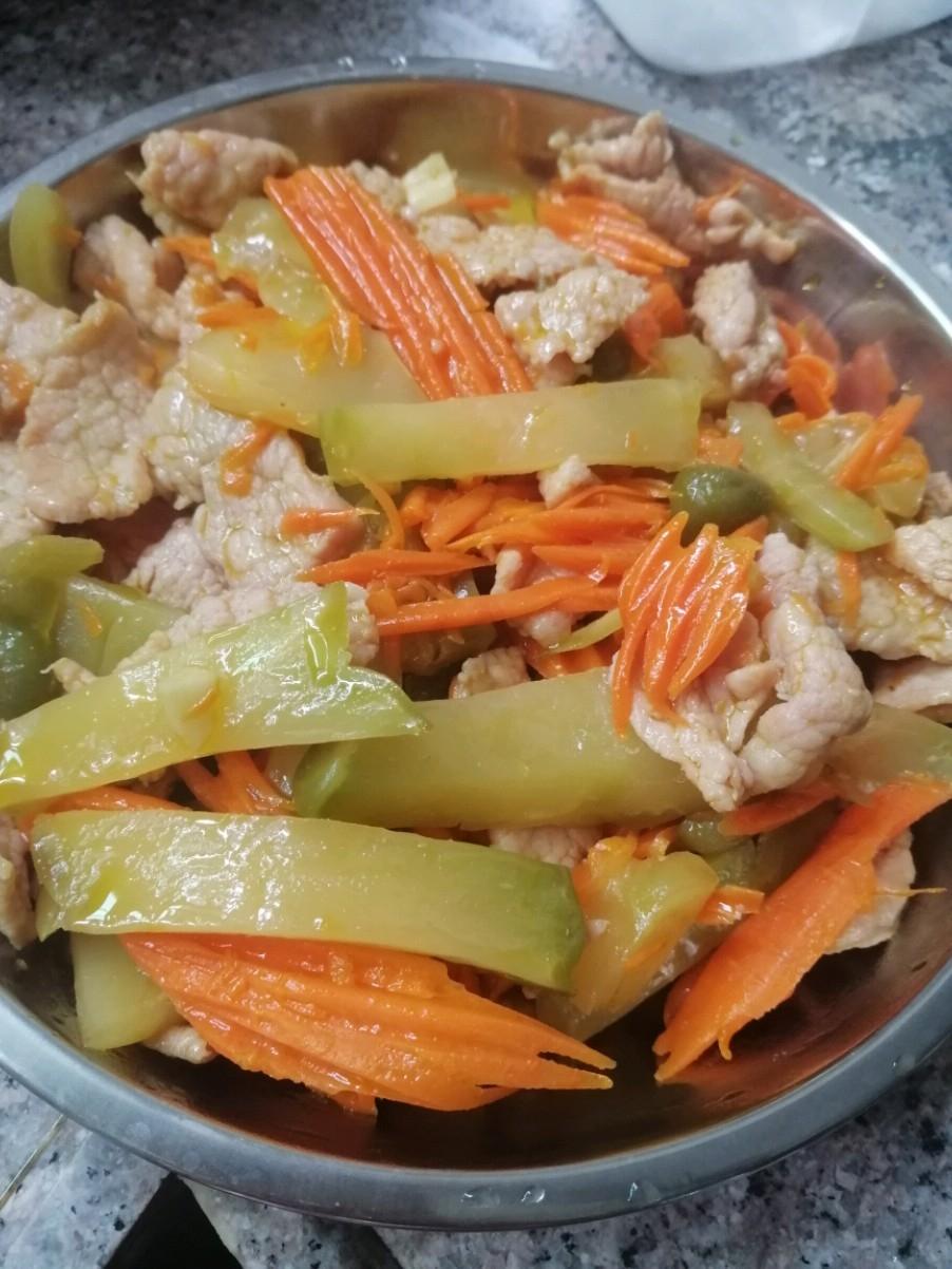 榨菜萝卜炒瘦肉