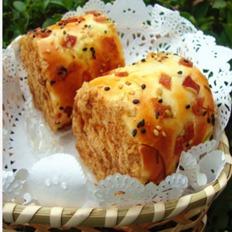 培根香葱肉松面包卷