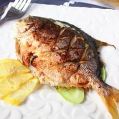 柠香烤鲳鱼