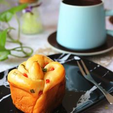 香肠玫瑰花沙拉面包