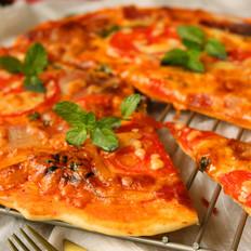 十香菜培根披萨