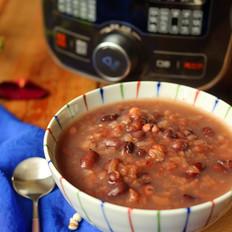 红豆薏米砂锅粥