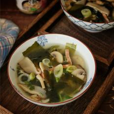 海带虾皮菌菇汤