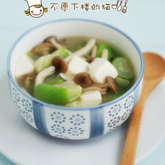 丝瓜菌菇豆腐汤