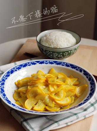 清炒香蕉西葫芦的做法