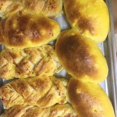 火腿培根面包