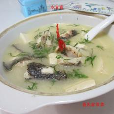 清淡豆腐财鱼汤