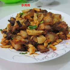 萝卜干炒腊肉