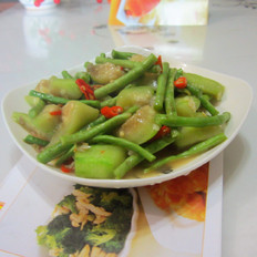 豆角炒丝瓜