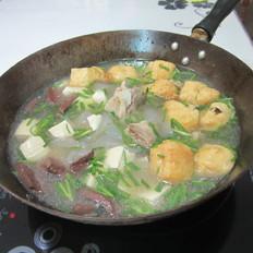 骨汤豆腐猪血香锅