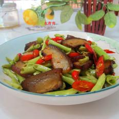 菜梗子炒东坡肉