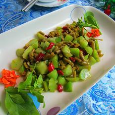 酸豆角炒莴笋丁