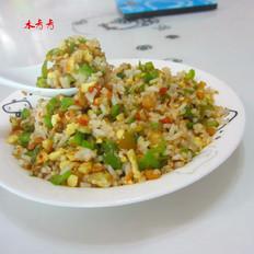 辣椒油渣炒饭