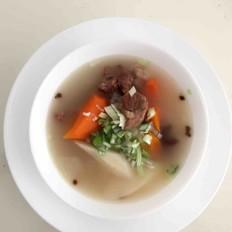 砂锅羊肉炖山药胡萝卜