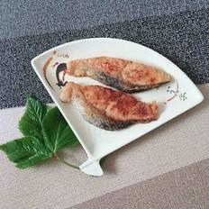 香煎马哈鱼