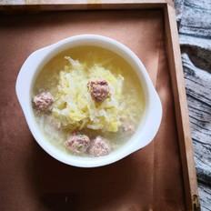 大白菜丸子汤