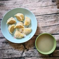 圆白菜蒸饺