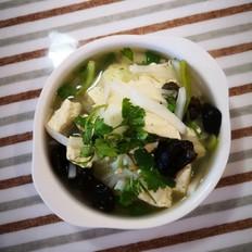 萝卜木耳豆腐汤
