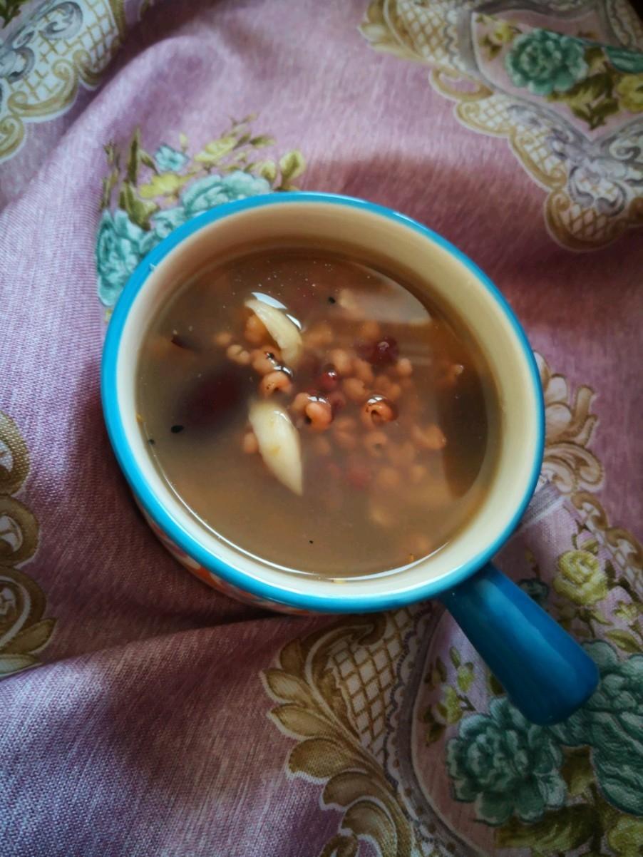 薏米百合红豆粥