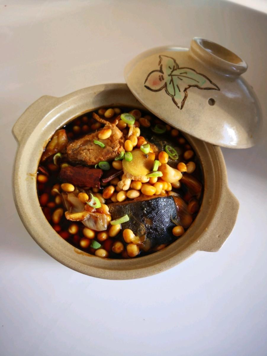 黄豆蒸马哈鱼