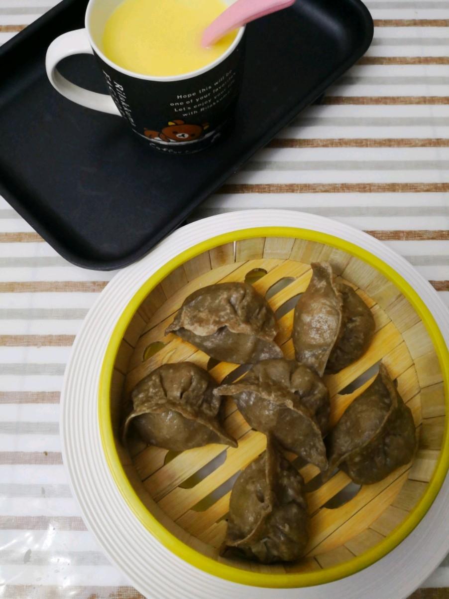 酸菜荞麦蒸饺