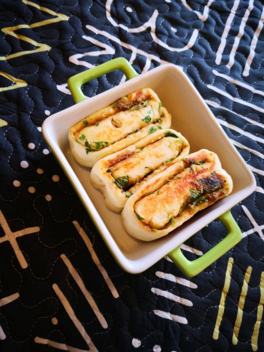芝麻酱香菜饼