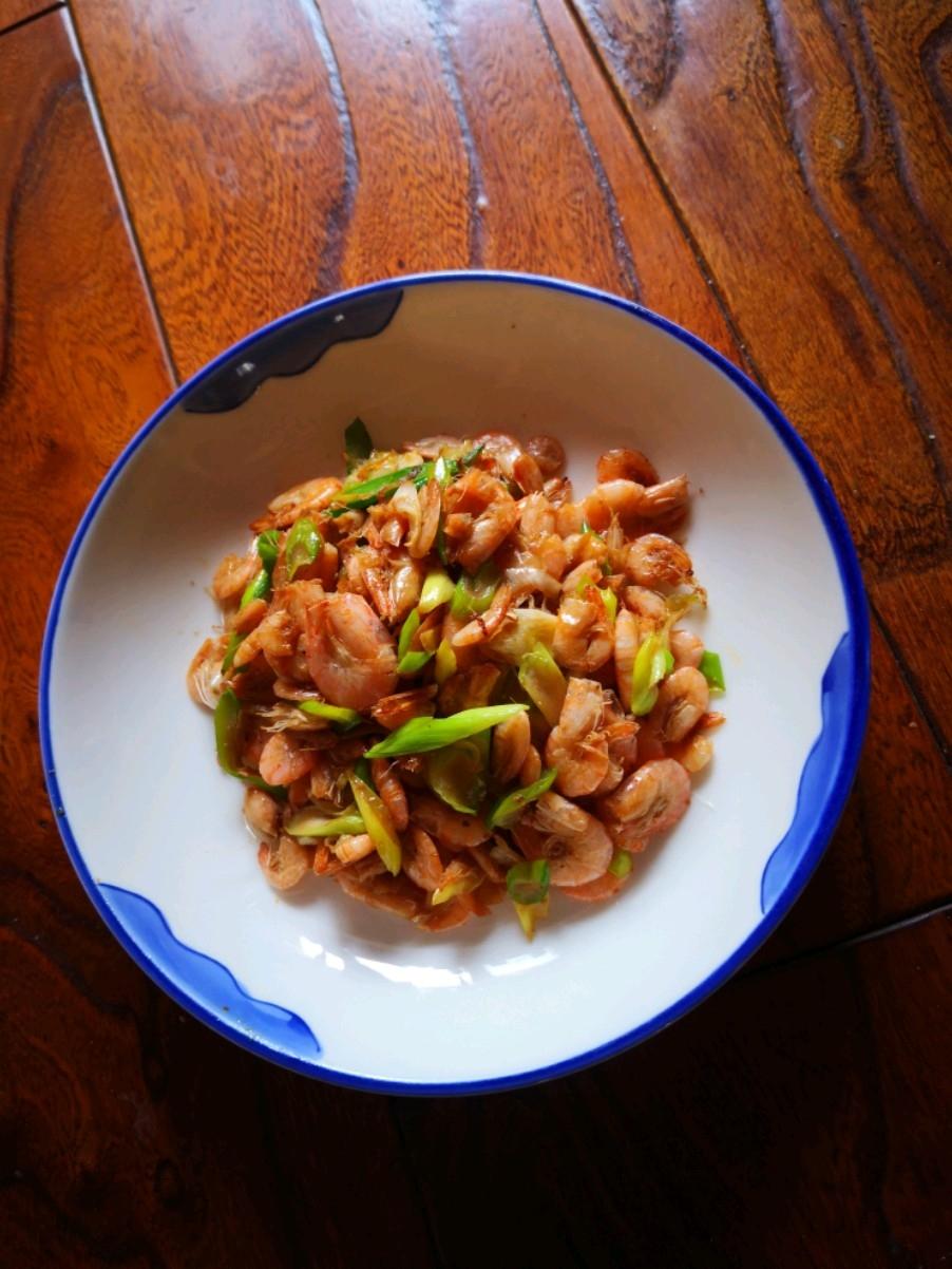 葱香小海虾