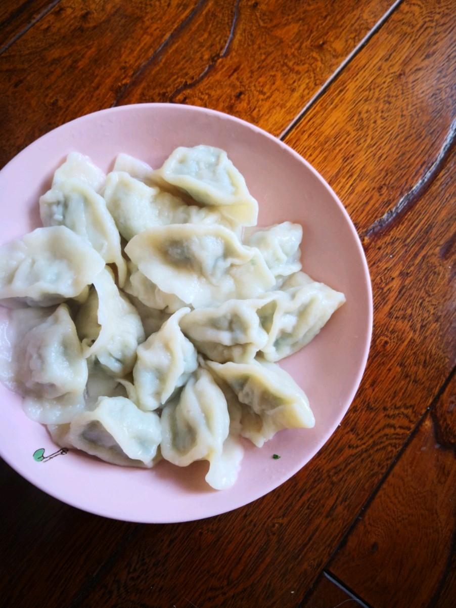 木耳小白菜水饺