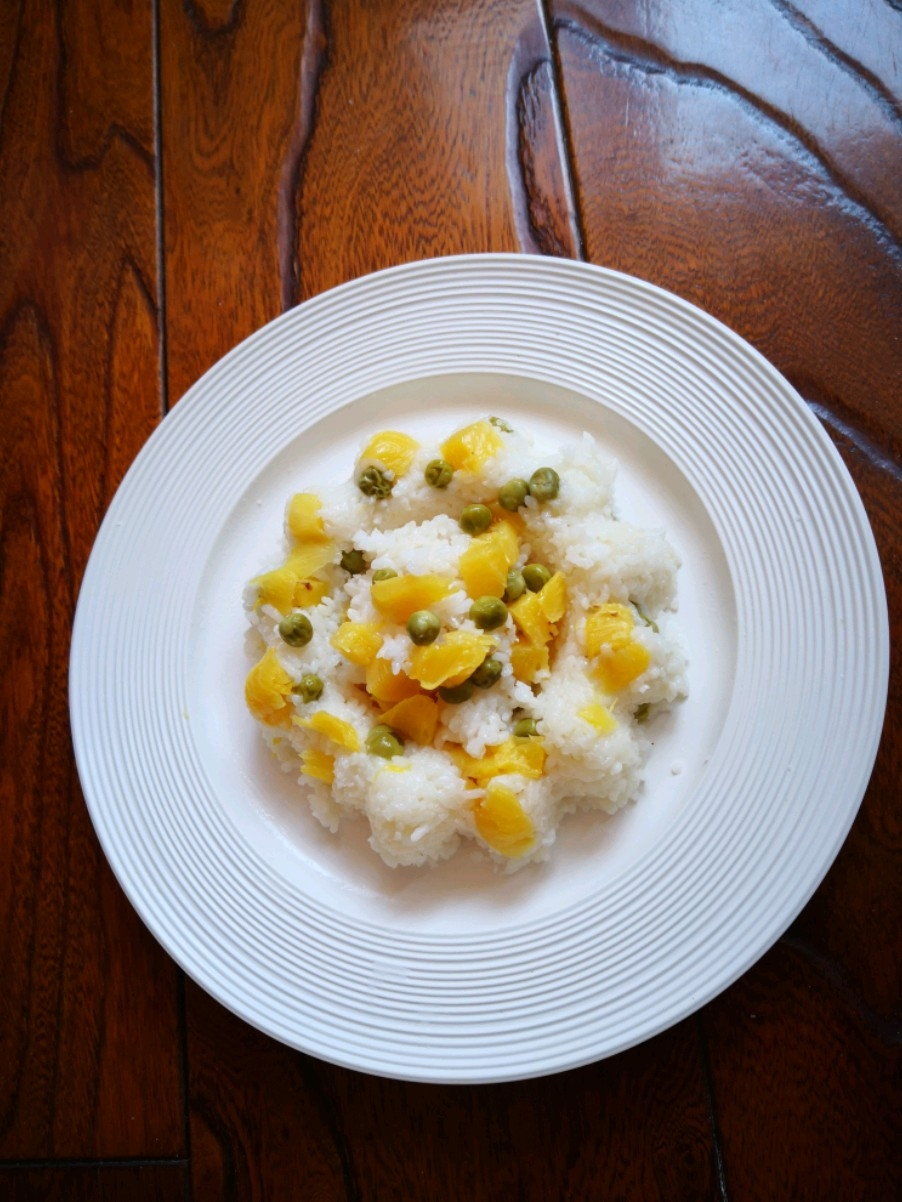 菠萝豌豆米饭