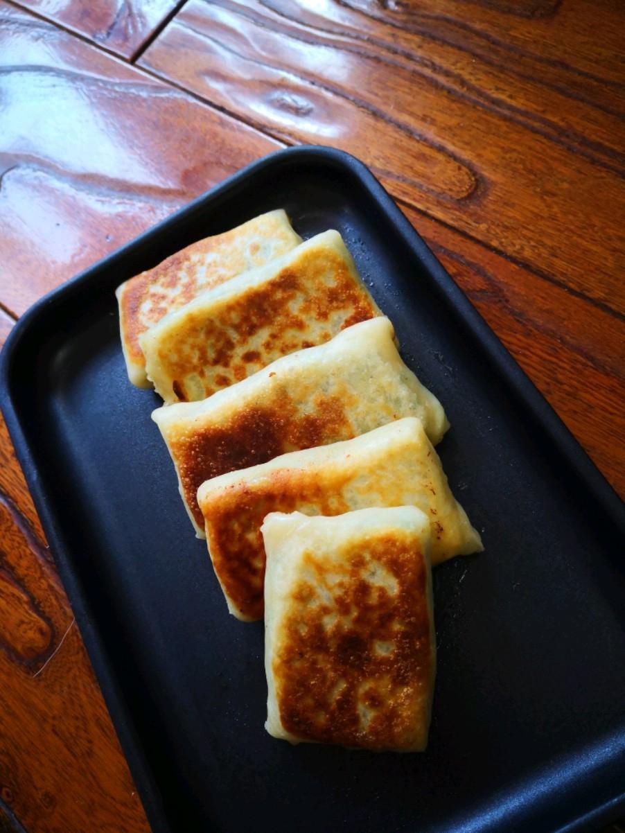 蟹味菇韭菜饼