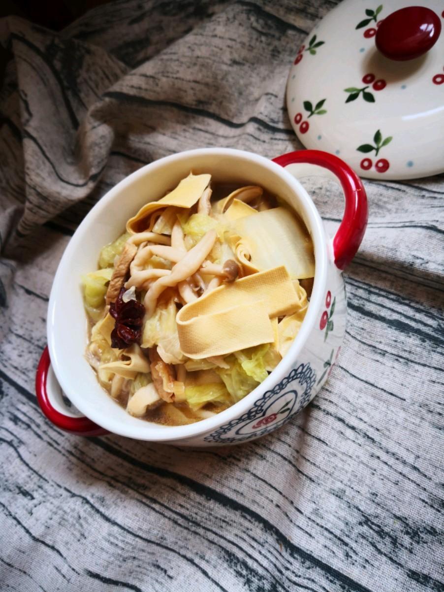 大白菜炖蟹味菇