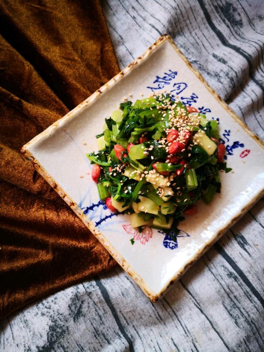 芹菜拌花生米