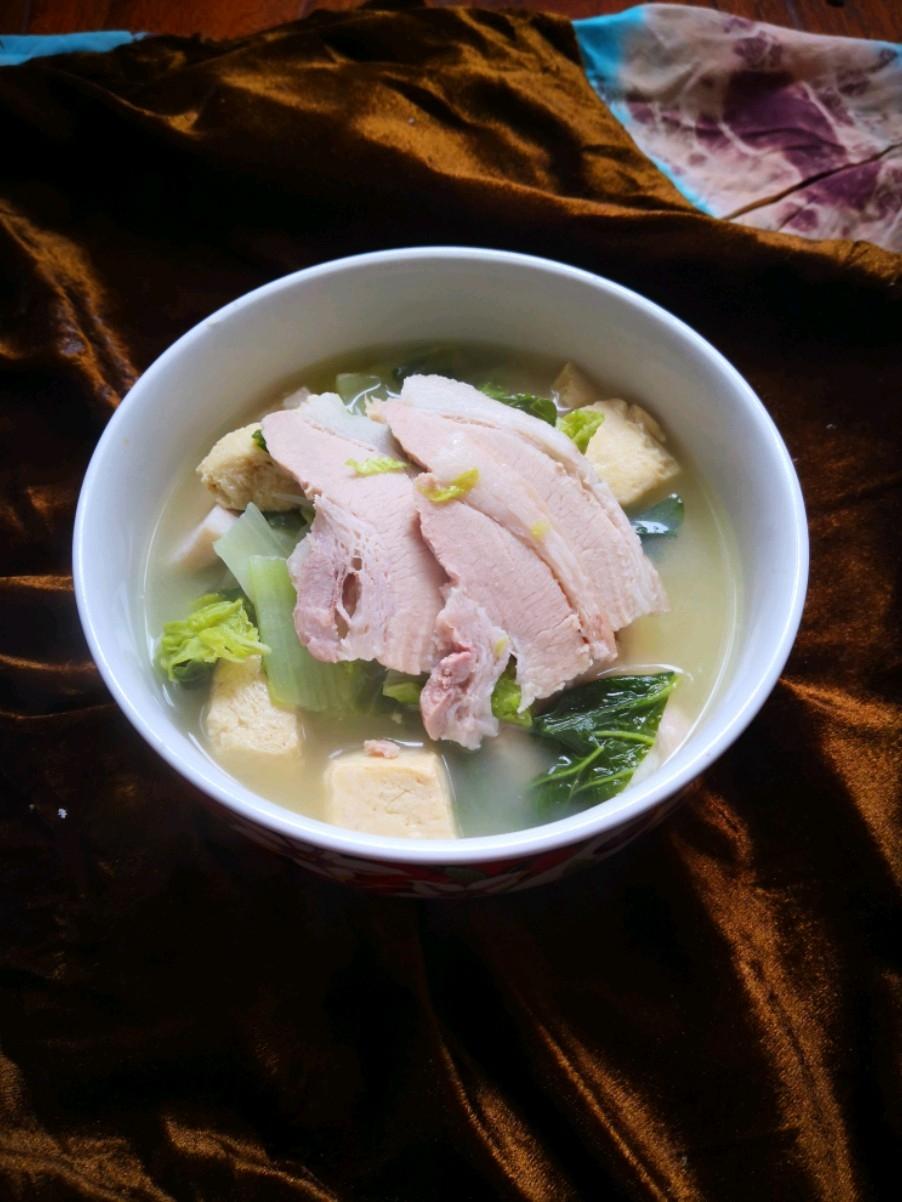五花肉炖旱白菜