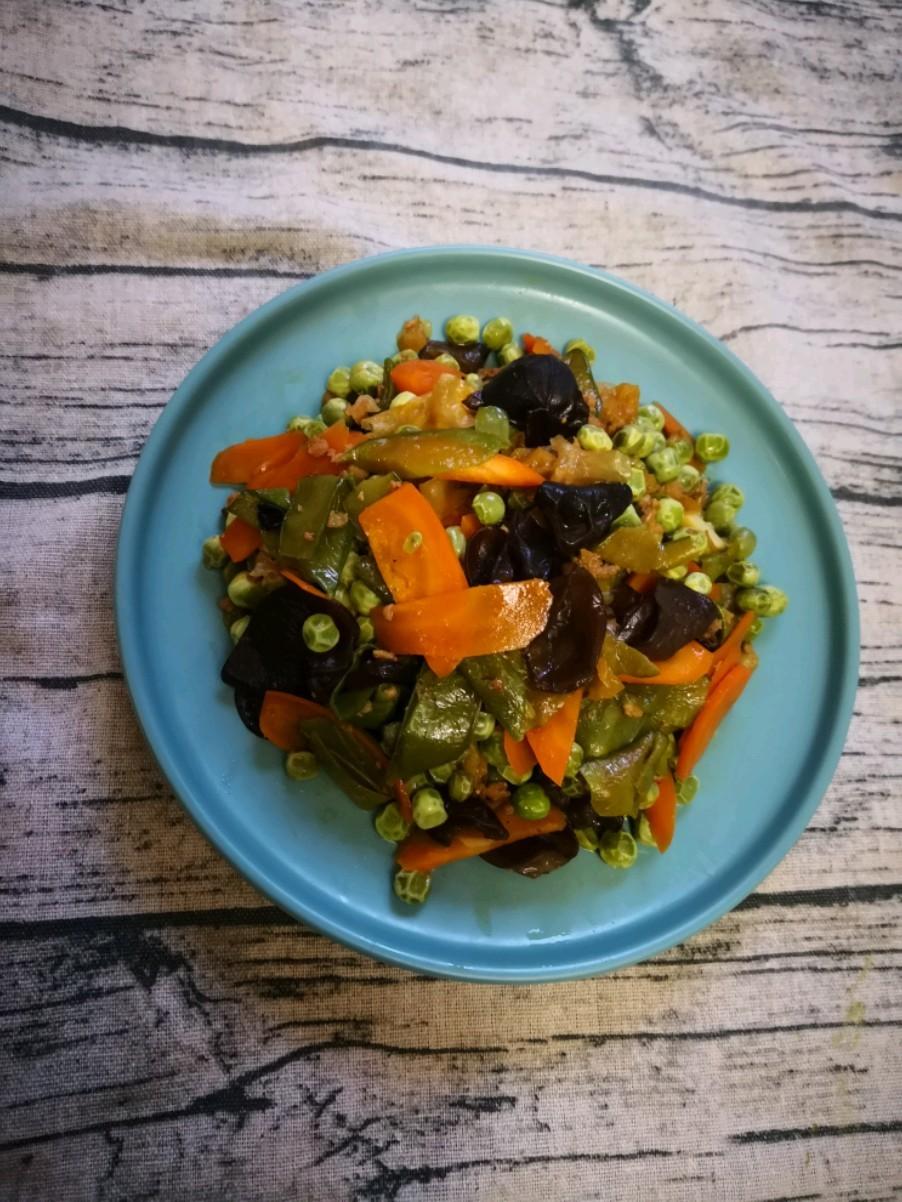 黑白耳炒豌豆