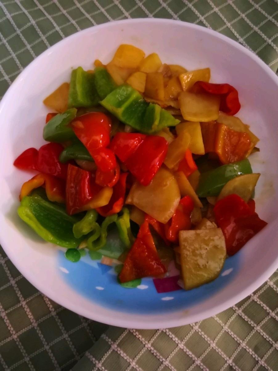 红辣椒土豆片