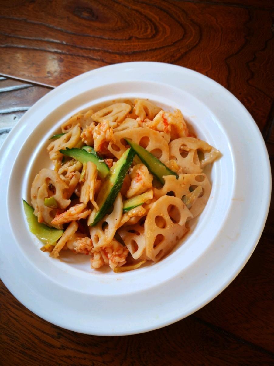 藕片炒鲜虾